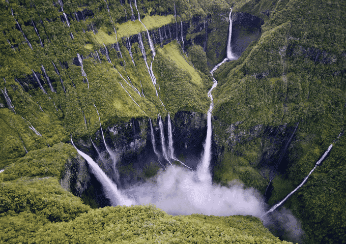 Famous Waterfalls in the World   GK World 2017